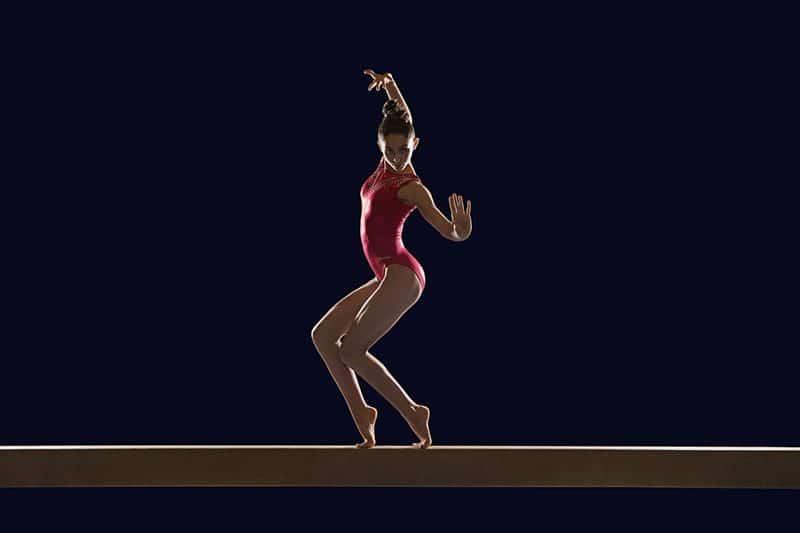 gymnaste sur la poutre