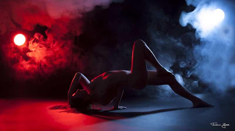 femme nue en studio