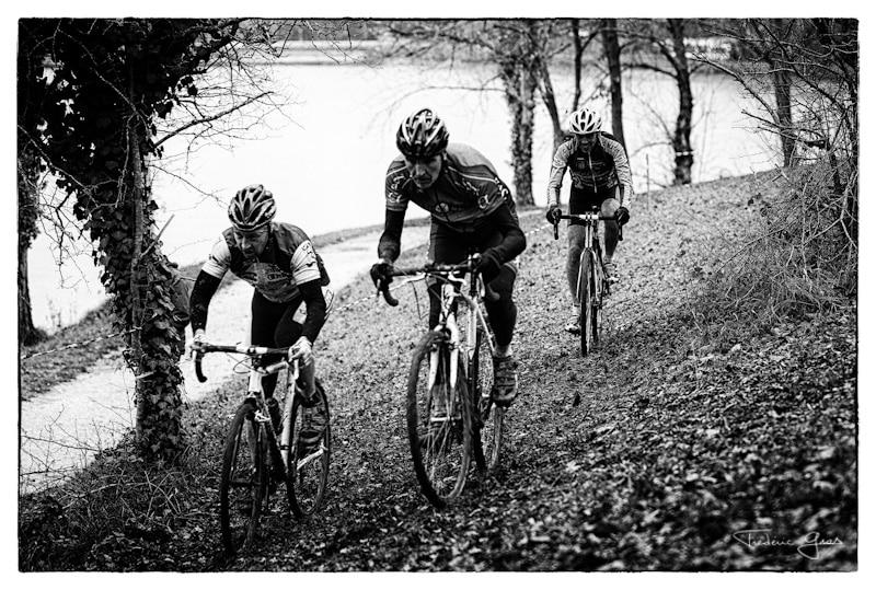 photo cyclo cross noir et blanc