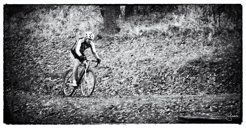 cycliste en cyclo-cross