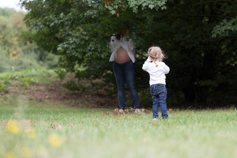 photographe grossesse en extérieur